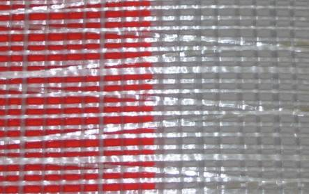 cloth2010_PE10_redwhtbehind